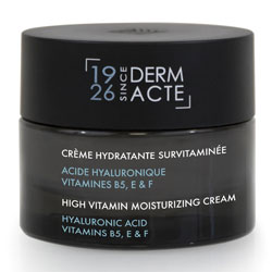 High vitamin moisturizing cream